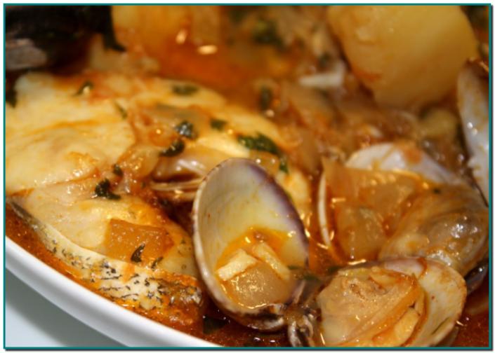 Guisat de lluç amb patates i cloïsses